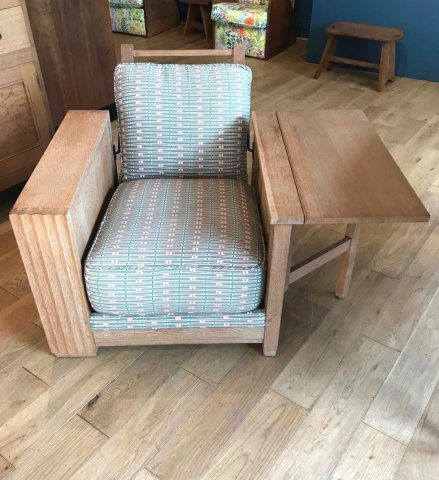 F883 HEALS TWENTIES OAK LIBRARY CHAIR