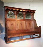 F1060 ARTS & CRAFTS OAK HALL SETTLE