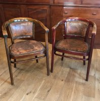 F1041 ARTS & CRAFTS PAIR OF THONET ARMCHAIRS